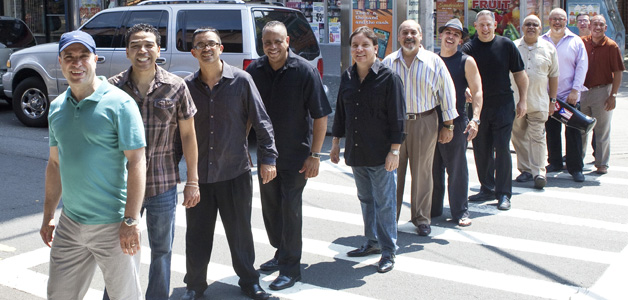 Spanish Harlem Orchestra Viva La Tradicion, Photo von Bill Douthart