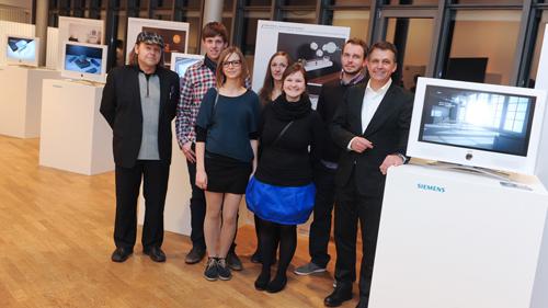 (v.r.n.l.) Siemens Chefdesigner Gerhard Naessler mit den Designern