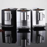 Premiere auf der IFA 2012: Miele erweitert sein Angebot der beliebten Stand- Kaffeevollautomaten und das attraktive Sondermodell CM 5200 Silver Edition.