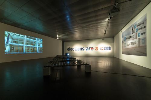 Oliver_Ressler_Ausstellungansicht_Foto_-maschekS_2014