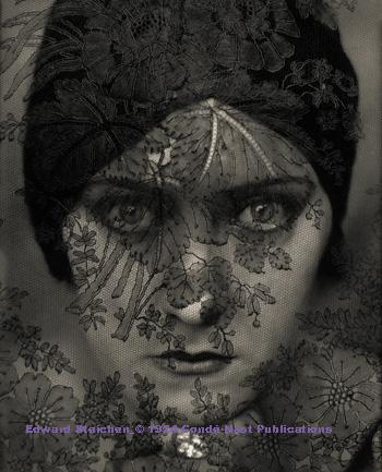 Edwar Steichen_Swanson_© 1924 Condé Nast Publications
